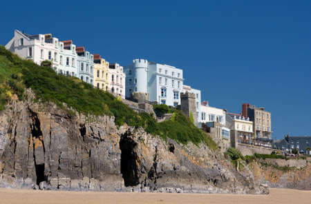tenby wales: Houses on cliffs. Tenby, Wales. Stock Photo