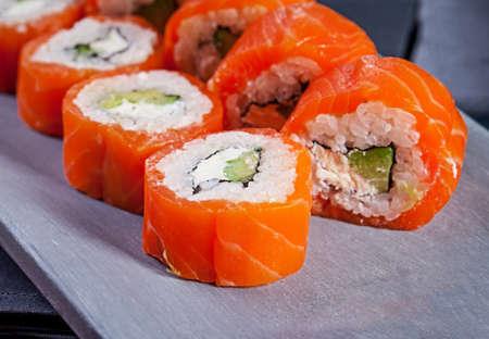 Delicious sushi rolls Stock Photo - 83164976