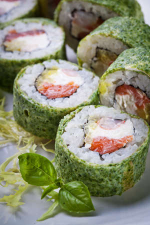 Delicious sushi rolls Stock Photo - 83164954