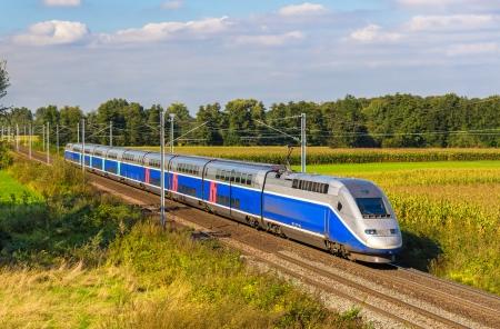 High-Speed-Zug Strasbourg - Paris, Frankreich Editorial