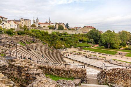 teatro antiguo: Teatro Antiguo de Fourvi�re en Lyon, Francia Foto de archivo