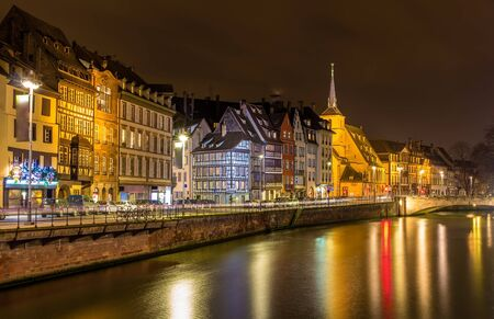 fachwerk: Embankment of the Ill river in Strasbourg - Alsace, France Stock Photo