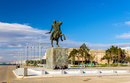 alexander the great: Statue of Alexander the Great in Thessaloniki - Greece