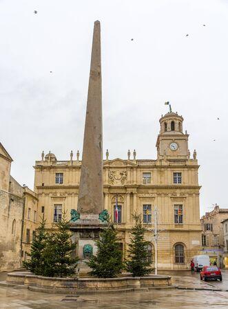 obelisk: Obelisk on the Place de la Republique in Arles, France