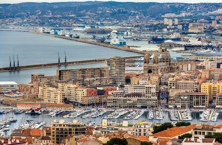 Vue de Marseille de Notre-Dame de la Garde