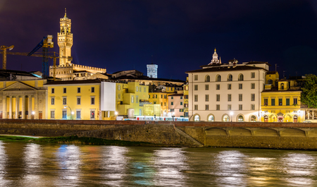 river arno: View of Florence over the River Arno - Italy