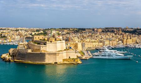 dockyard: View of Dockyard Creek in Valletta - Malta