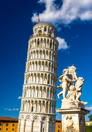 leaning tower of pisa: Fontana dei Putti and the Leaning Tower - Pisa, Italy