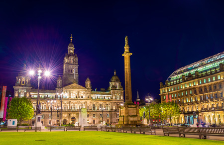 city centre: View of George Square in Glasgow at night - Scotland