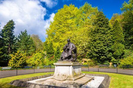 kelvin: Statue of Lord Kelvin in Kelvingrove Park - Glasgow, Scotland