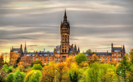 university building: View of the University of Glasgow - Scotland