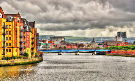 northern ireland: View of Belfast over the river Lagan - United Kingdom Stock Photo
