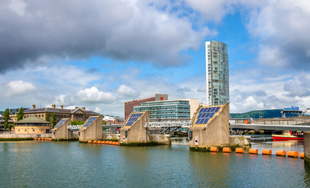 weir: View of Belfast with the river Lagan - United Kingdom