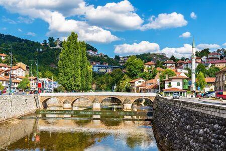 bosnia and hercegovina: View of Vijecnica bridge in Sarajevo - Bosnia and Herzegovina
