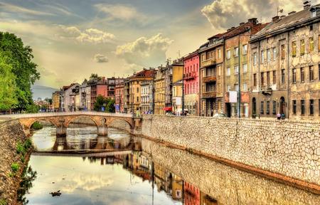 medieval: Vista del centro histórico de Sarajevo - Bosnia y Herzegovina Foto de archivo