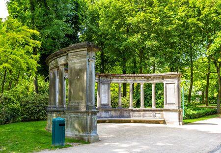 summerhouse: Summerhouse in Cinquantenaire Park - Brussels, Belgium