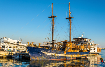 polis: Sailing ship in Paphos Harbour - Cyprus