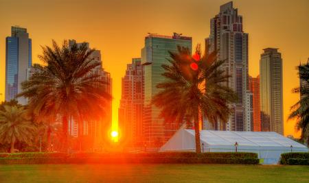 Coucher de soleil à Dubaï Centre-ville, Émirats arabes unis