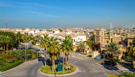 Huizen op Jumeirah Palm eiland in Dubai, Verenigde Arabische Emiraten Stockfoto