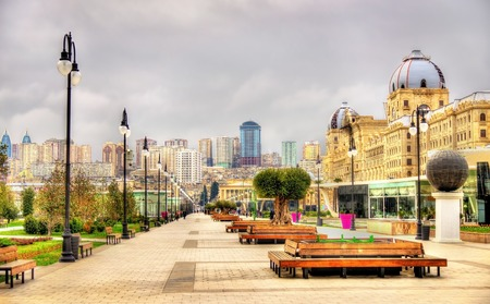 Panorama of Baku from Winter Park - Azerbaijan Standard-Bild