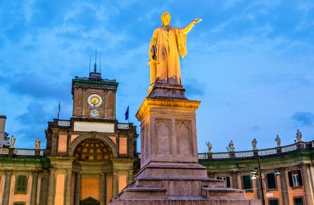 dante alighieri: Monument to Dante Alighieri in Naples - Italy