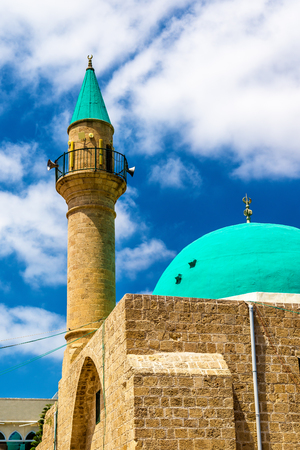 acre: Sinan Basha Mosque in the old town of Acre, Israel