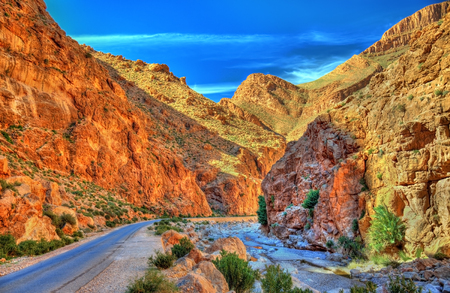 Todgha 협곡, Atlas 산에있는 협곡. 모로코 스톡 콘텐츠 - 74099139