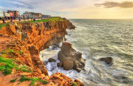 Atlantische Küste bei Safi-Stadt in Marokko Standard-Bild - 74987089