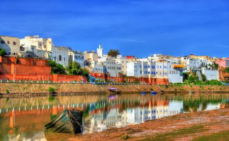 Stadtbild von Azemmour am Ufer des Flusses Oum Er-Rbia in Marokko Standard-Bild - 74627460