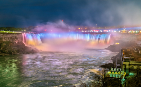 Horseshoe Falls, also known as Canadian Falls at Niagara Falls. View from Canada Standard-Bild