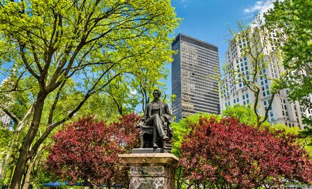 William Seward Statue at Madison Square Park in Manhattan, New York City Stock Photo