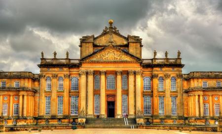 marlborough: View of Blenheim Palace - Oxfordshire, England