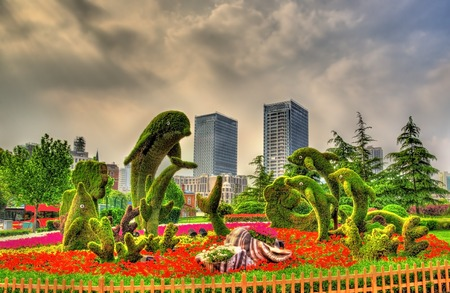 pink dolphin: View of figures in Huangpu Park - Shanghai, China
