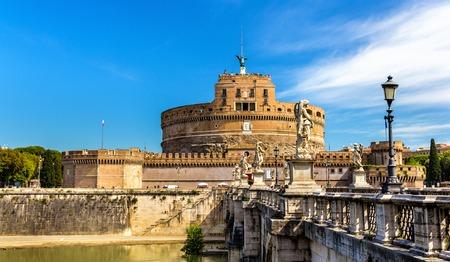 ローマ, イタリアのカステル・サンタンジェロの眺め 写真素材