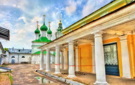 Gostiny Dvor, provincial Neoclassical trading arcades in Kostroma, Russia Stock Photo
