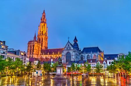 La cathédrale Notre-Dame d'Anvers. Un site du patrimoine mondial de l'UNESCO en Belgique Banque d'images