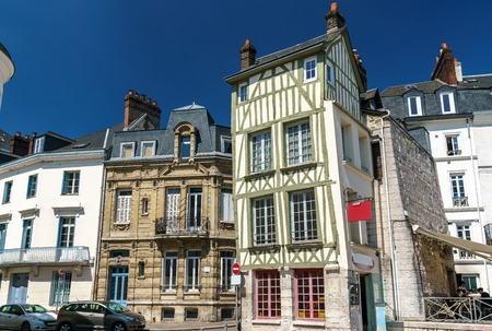 Traditional half-timbered houses in the old town of Rouen, France Banque d'images