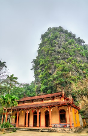 Bich Dong Pagoda in Ninh Binh Province of Vietnam Imagens