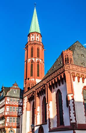 Old St Nicholas Church at the Romerberg in Frankfurt am Main, Germany Standard-Bild