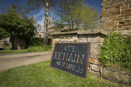 Vote Remain Sign for June 23rd 2016 European Referendum Brexit Campaign - South Newington, Oxfordshire, UK - 5th May 2016