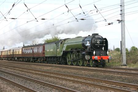 A1 Steam Locomotive Tornado on a Yorkshire Pullman charer - Copmanthorpe, Yorkshire, United Kingdom - 18th April 2009 Éditoriale
