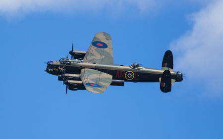 Avro Lancaster Bomber PA474 of the Battle of Britain Memorial Flight over RAF Coningsby, Lincolnshire, UK in the markings of 460 (RAAF) SquadronLancaster W5005, coded AR-L and 50 Squadron code letters VN-T Editöryel