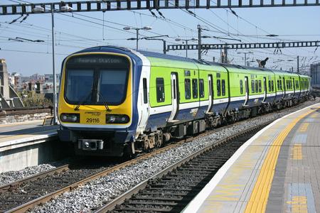 dublin connolly, Ireland, April 2010, an Iarnrod Eireann train service 新聞圖片