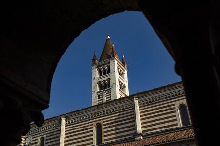Verona, Italy, Europe, August 2019, A view of the Basilica di San Zeno Maggiore Редакционное