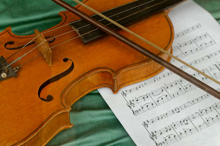 sheet music: violin with music sheet