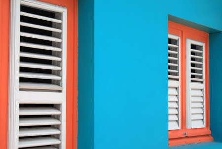 martinique: T�pica casa azul en Martinica