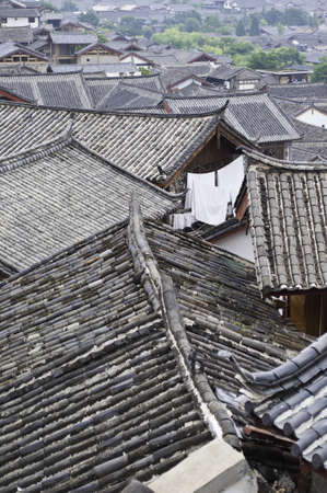 Traditional chinese roofs in Lijiang, China Stock Photo