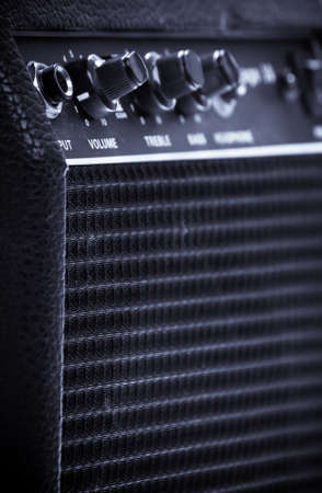 amp: Knobs of different functions on a guitar amp