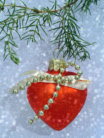 Christmas red heart and snow Stock Photo - 602910