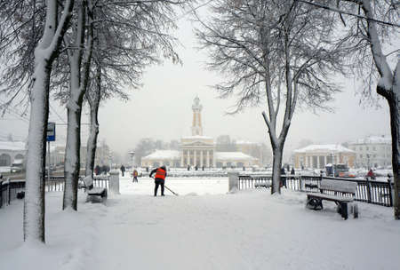 Winter city Kostroma, snowstorm, Russian old landmark Standard-Bild